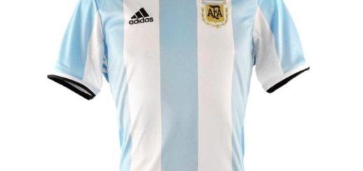 Para mirar el partido contra Ecuador con la celeste y blanca puesta: El concurso por una camiseta de la selección se lo ganó...