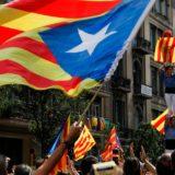 El gobierno de Cataluña planea declarar la independencia y el Ejército español envió convoyes a Barcelona