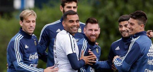 Así formaría la selección: Darío Benedetto sería el número 9 y la duda de Enzo Pérez o Emiliano Rigoni