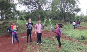San Pedro: Alumnos de la UGL trabajan en Proyectos Escolares Productivos de Base Local