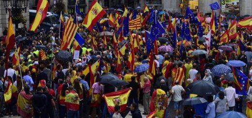 Cataluña, lista para desafiar a Madrid con el referendo independentista