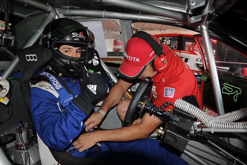 Bundziak cumplió con una nueva prueba sobre el Toyota Corolla en el Súper TC 2000