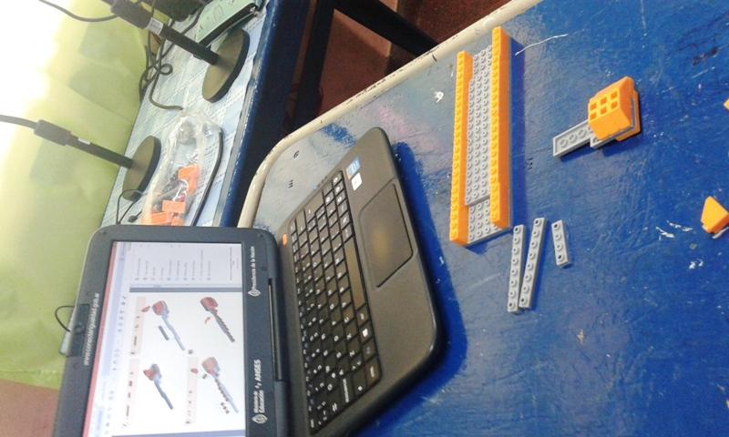 Llegaron los kit didácticos para trabajar en la enseñanza de robótica en las escuelas misioneras