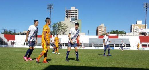"Liga Posadeña: los ""pibes"" de Guaraní golearon a Crucero en la previa del clásico del miércoles"