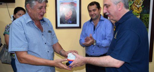 Passalacqua entregó medidores de agua potable a 300 familias de Candelaria