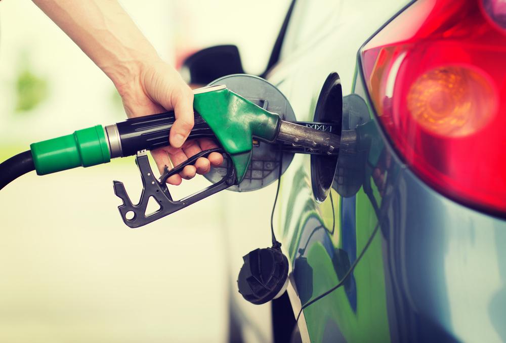 Expendedores de combustibles anunciaron que desde el 15 de diciembre no aceptarán tarjetas de crédito
