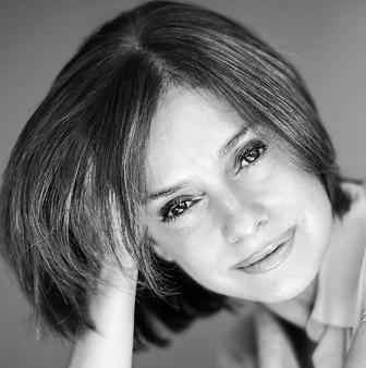"""Florencia Canale presenta su libro """"La hora del destierro, los últimos años de Juan Manuel de Rosas"""""""