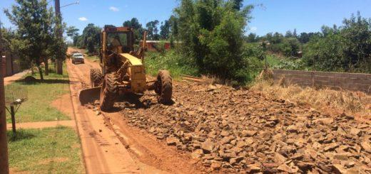 El municipio realiza obras de canalización y desagüe en las inmediaciones del Club Educación de Posadas
