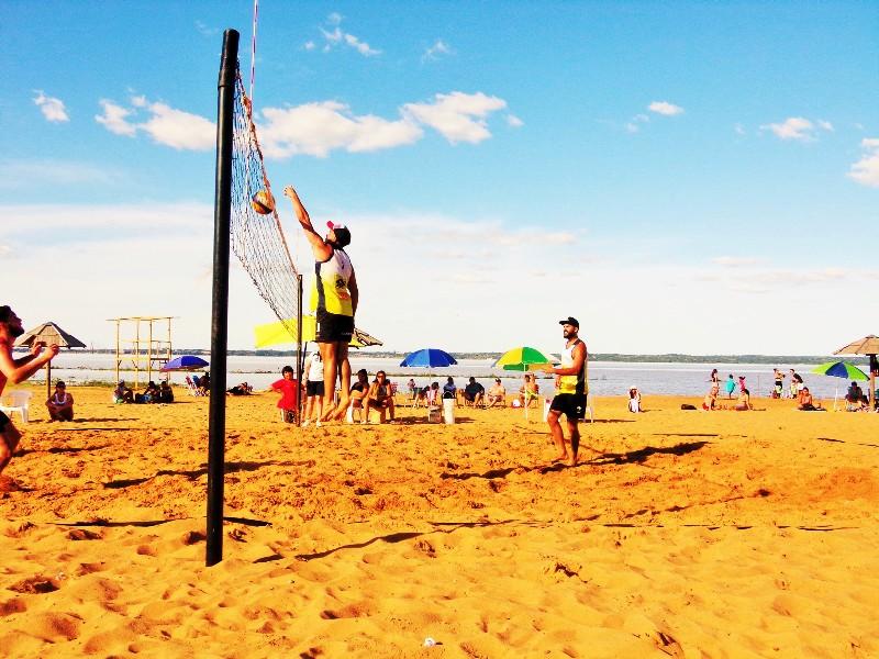 Beach Voley: Se disputaron los clasificatorios para los Juegos Argentinos de Playa 2017 en Miguel Lanús