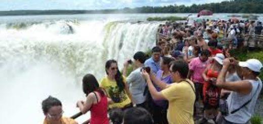 Parque Nacional Iguazú: cerca de 7.800 turistas visitaron ayer las Cataratas y para hoy esperan superar los 8.000