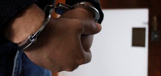 Causó destrozos en su casa y amenazó a su mujer con un cuchillo: terminó preso