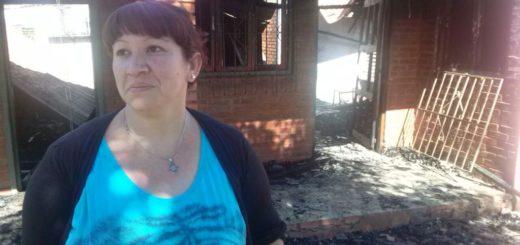 Incendio arrasó las pertenencias de una familia en Eldorado
