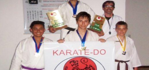 Karate: Misioneros dijeron presente en un torneo realizado en Brasil