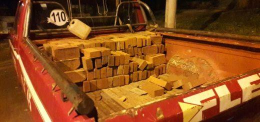 Eldorado: los sorprendieron in fraganti robando una carga de ladrillos