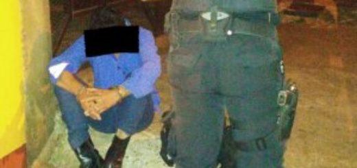Violento de 44 años detenido por atacar con un cuchillo a su ex de 72