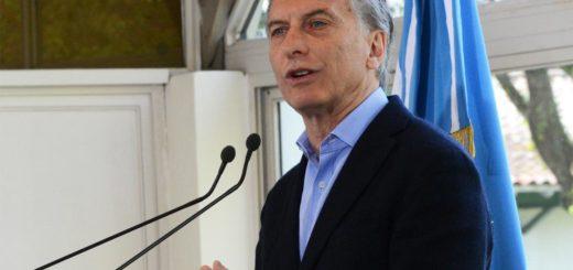Cambio de estrategia: el Gobierno convocó a gobernadores e intentará votar reforma previsional el lunes
