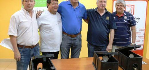 Eldorado: Passalacqua entregó medidores de agua para la CEEL