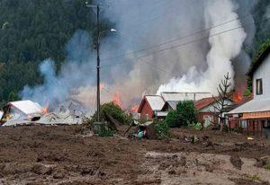 Un deslizamiento de tierra sepulta a un pueblo en Chile: 5 muertos y 18 desaparecidos