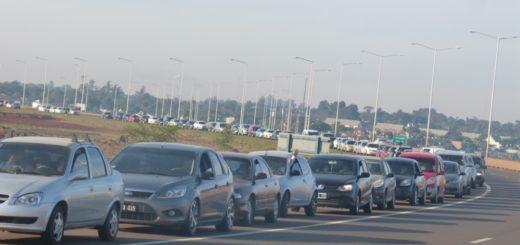 VIVO: así está la cola de autos para cruzar a Encarnación