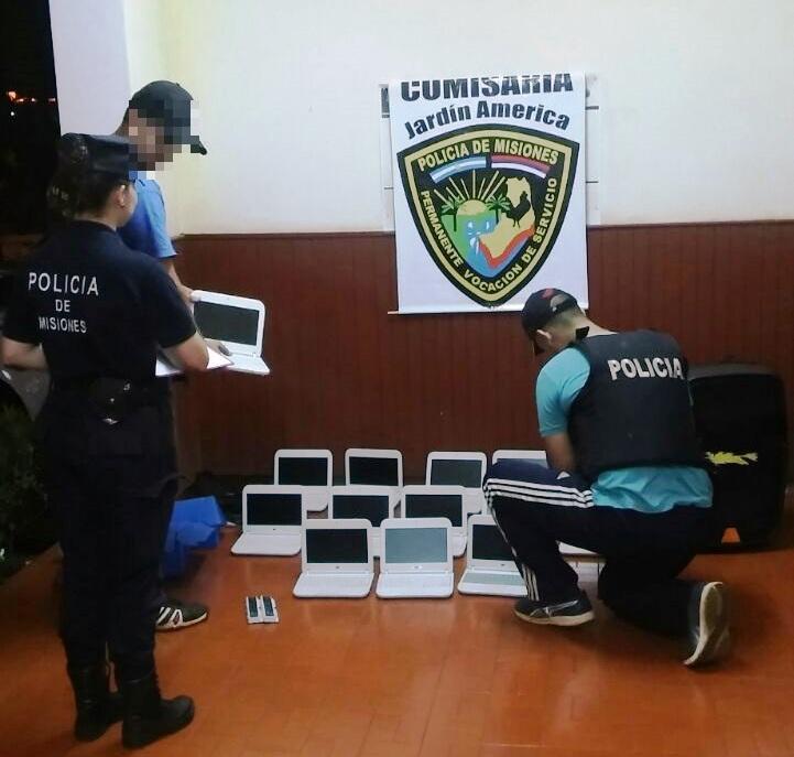 Recuperaron 16 Notebooks que habían sido robadas de una escuela en Jardín América