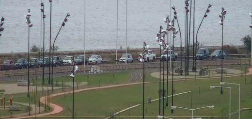 VIVO: así esta fila de autos para cruzar de Posadas a Encarnación