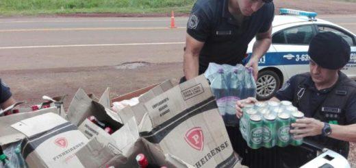 Sorprendieron a un automovilista en Alem que llevaba carne y alcohol de contrabando hasta en el regazo