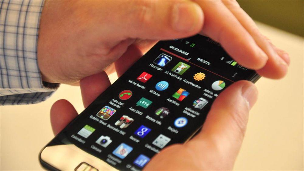 Aumentos: A partir de enero la telefonía celular subirá más del 12%