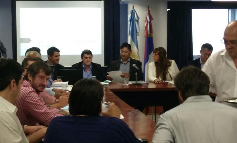 Con la presencia del ministro Safrán, diputados debatieron en comisión Acuerdo de Consenso Fiscal