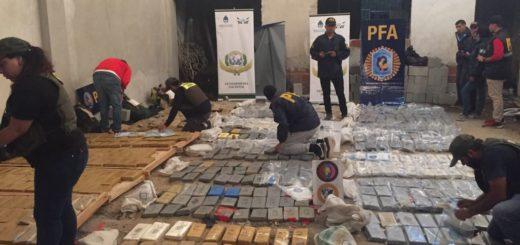 """""""Ave rapaz"""": secuestraron 1200 kilos de cocaína y detuvieron a cuatro personas"""