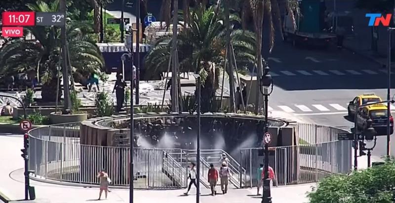 TN mostró el monumento a las Cataratas en pleno centro porteño