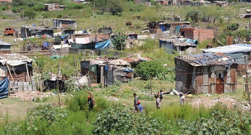 La pobreza es de 31,4% y alcanza a 13,5 millones de personas, según datos de la UCA