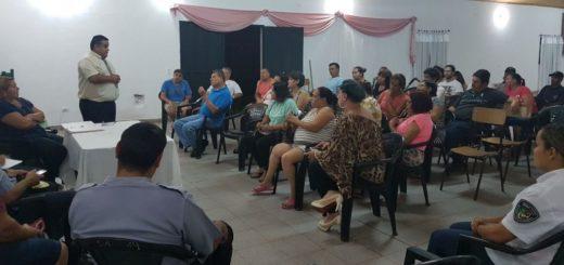 """Los vecinos del barrio """"Lucero"""" de Posadas, se reunieron con la Policía"""