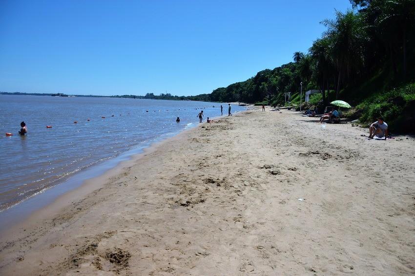 La municipalidad de Ituzaingó dejó totalmente habilitadas las playas y todas las actividades previstas para este verano