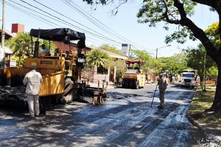 Vialidad Provincial reanuda obras de re-pavimentación en Posadas