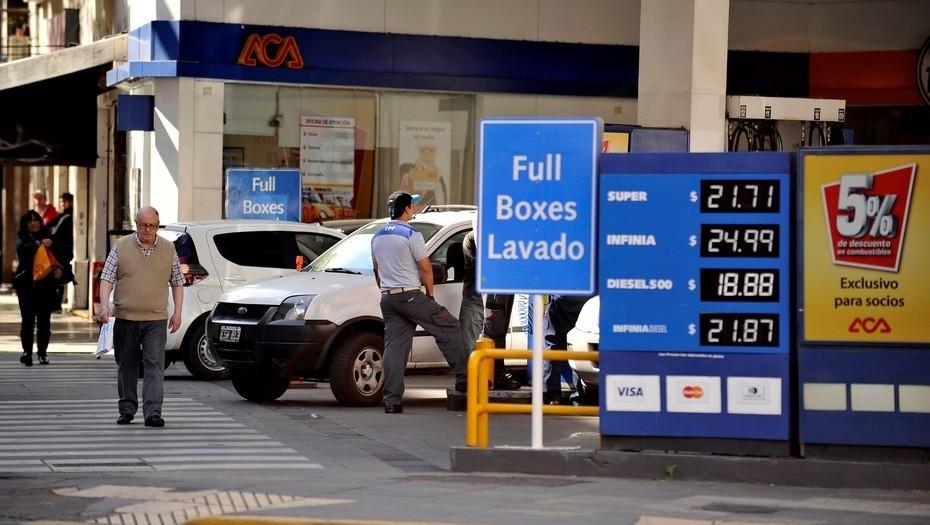 Por un cambio impositivo, los combustibles tendrán un aumento extra desde marzo
