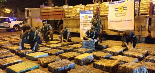 Secuestran en Entre Ríos tres toneladas y media de marihuana que habían entrado al país por Misiones