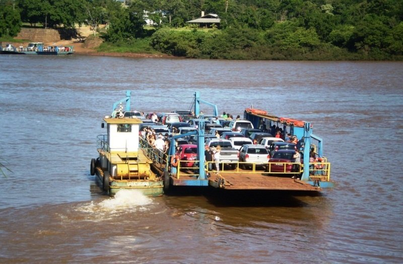 El paso fronterizo por el Puerto Alba Posse-Porto Mauá incrementó al doble el cruce de personas