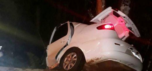 Remisero falleció al despistarse su auto en las afueras de Puerto Iguazú