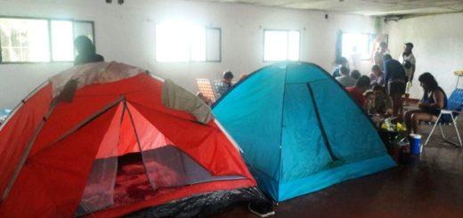 Tragedia en Ituzaingó: autoridades municipales asistieron a los evacuados del camping municipal