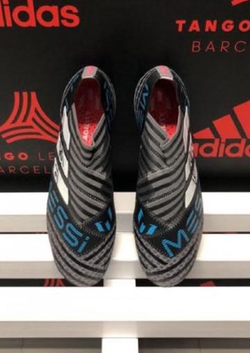 Mirá cómo son los nuevos botines que Lionel Messi presentó oficialmente