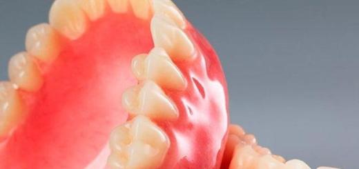 Insólito: un hombre se tragó la dentadura postiza y está grave en Mar del Plata