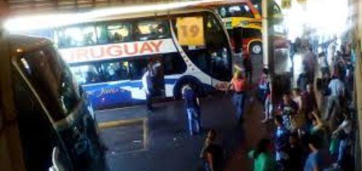 Aseguran que durante el fin de semana persistirá el intenso movimiento de turistas en la terminal de ómnibus de Posadas