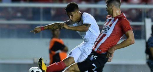 Estudiantes le ganó a Independiente en Avellaneda
