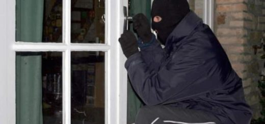 Eldorado: aprovechando un temporal, ladrones entraron en la casa de una médica y robaron 200 mil pesos en joyas