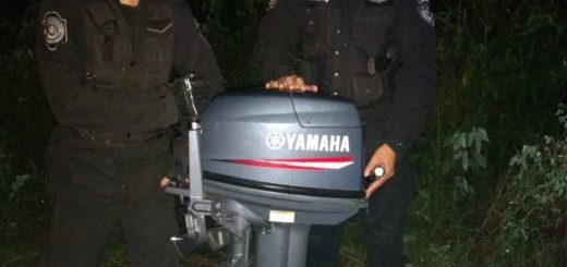Robaron el motor de una lancha y lo abandonaron en un baldío de Caá Yarí