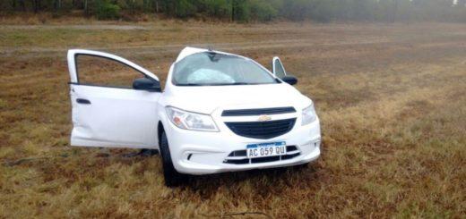 Tragedia vial en Corrientes: camión chocó con un auto, lo partió al medio y le causó la muerte a dos chicas