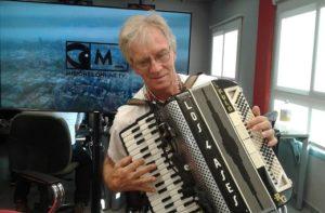 Rulo Grabovieski, con más de cuarenta años en los escenarios, contó su experiencia en Cosquín
