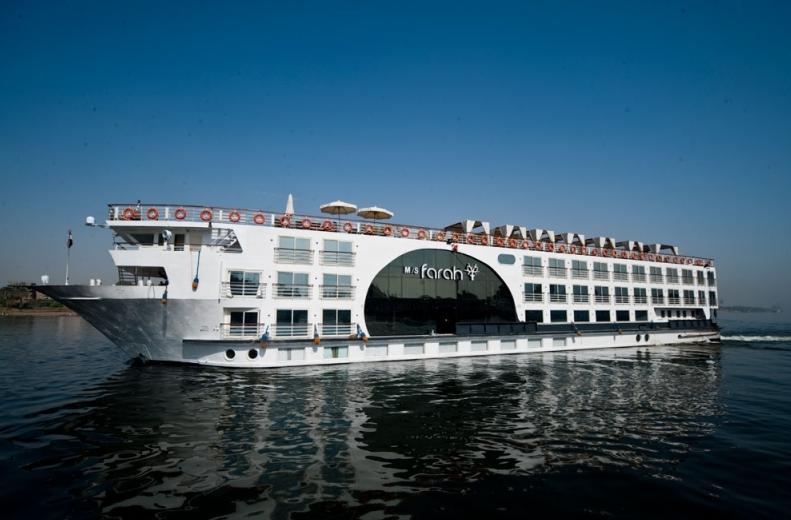 Empresarios chinos interesados en invertir en cruceros turísticos por el Paraná que llegarán hasta Iguazú