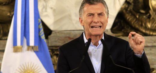 A través de un DNU, Macri cerró la Lotería Nacional, eliminó el Servicio de Rehabilitación y achicó el directorio del Banco Nación