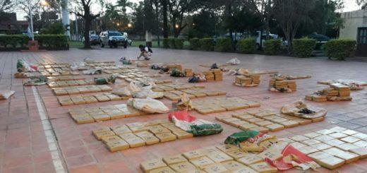 Hipólito Yrigoyen: hallaron 2.040 kilos de marihuana escondidos dentro de una camioneta y entre la vegetación